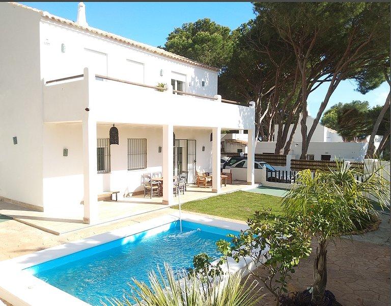 Villa El Sarguito, holiday rental in Los Canos de Meca