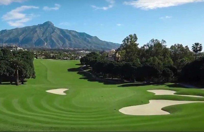 Uno de los cinco campos de golf de la zona.