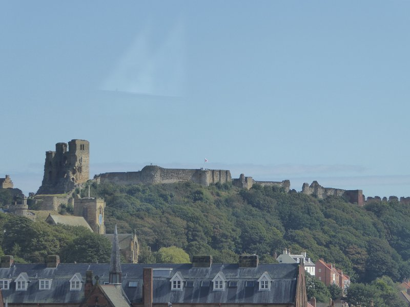 Castle View, central Scarborough, walking distance to beach & North Bay train., holiday rental in Scarborough