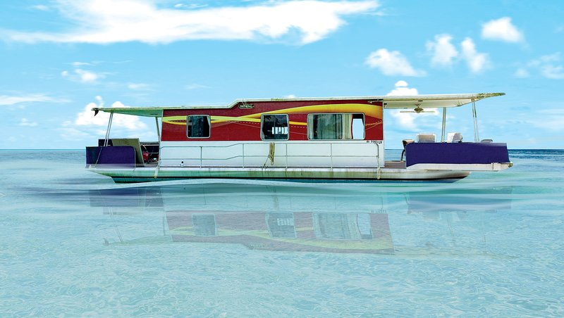 PIRATE'S TREASURE WATERFRONT HOUSEBOAT/TINY HOUSE/FLOATING HOME, holiday rental in Casey Key