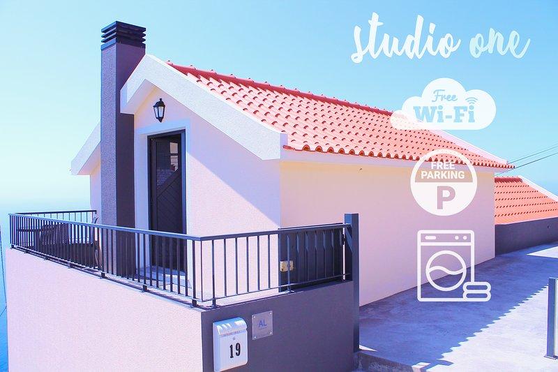 Studio One| Massapez | Fajã da Ovelha | Calheta, vacation rental in Faja da Ovelha