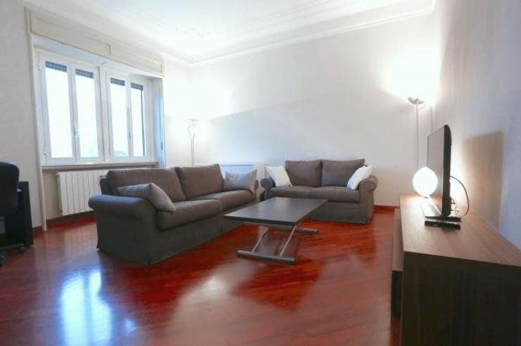Beautiful & Spacious 1 BR on Forze Armate, casa vacanza a Cusago