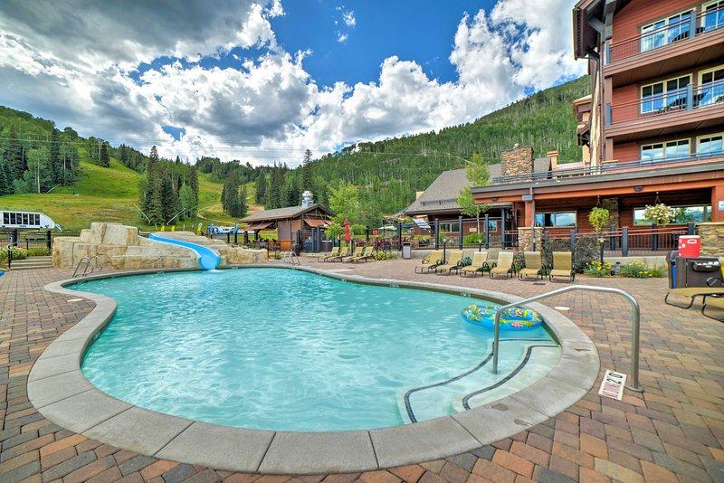 Este rincón de esquí perfectamente ubicado se encuentra directamente en la base de Purgatory Resort