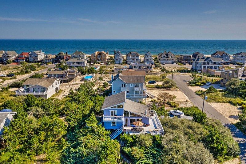Trouvez cette maison parfaitement située à quelques pas de la plage!