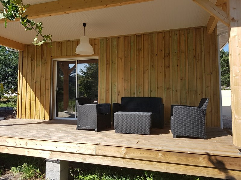 Nice house with garden & terrace, holiday rental in Audenge