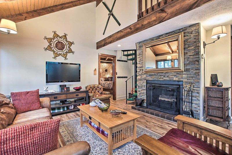 Wintergreen Resort Cabin ~ 1/2 Mi to Ski Mountain!, holiday rental in Nellysford