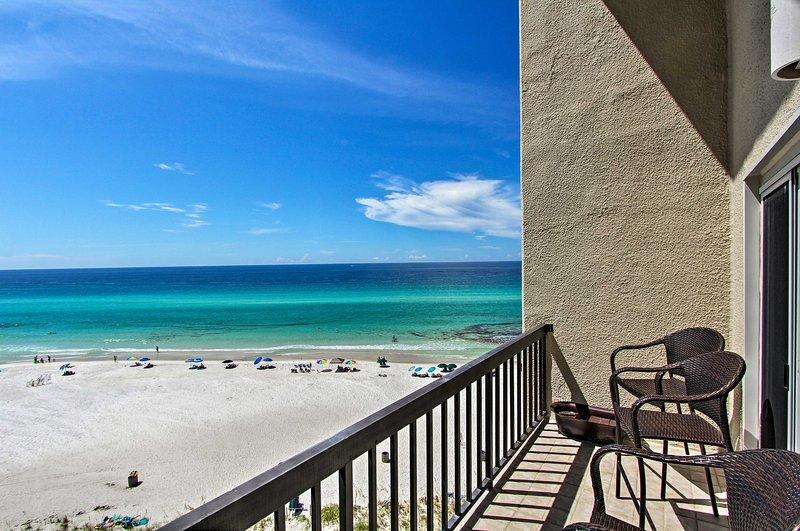 Sorseggia il tuo caffè mattutino dal balcone di questo appartamento con 2 camere da letto e 2,5 bagni!