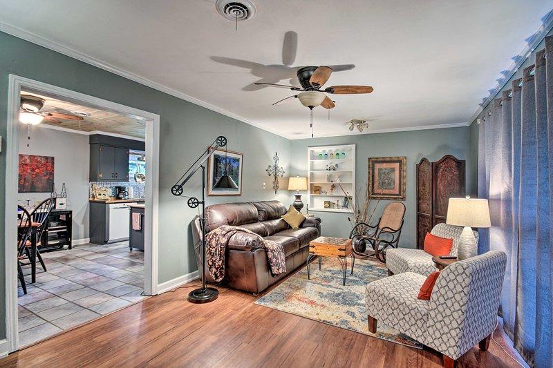 ¡Siéntase como en casa dentro de esta casa de vacaciones en Augusta!