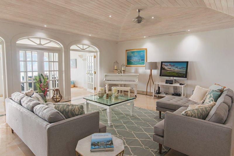 Amplias salas de estar