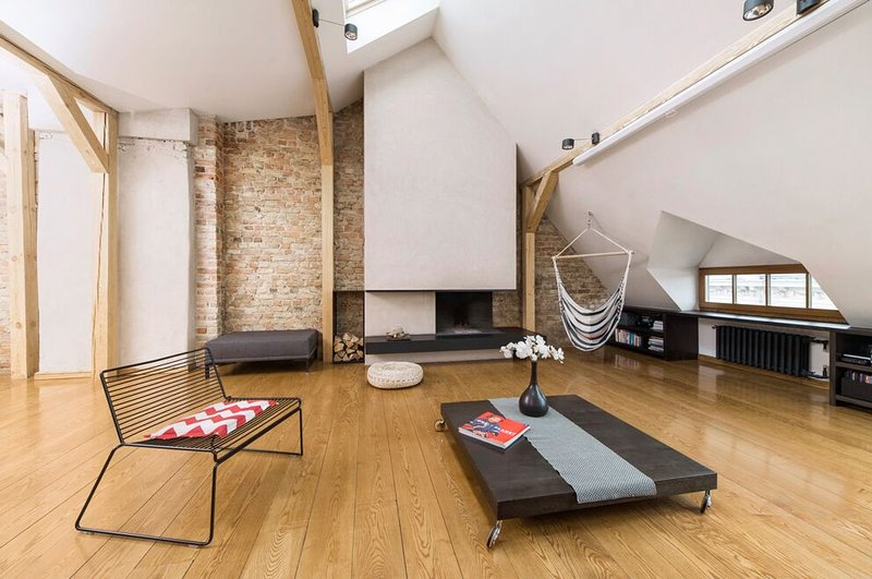 Spacious loft in Art Nouveau area, holiday rental in Riga