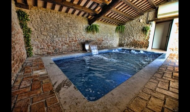 Sant Agusti de Llucanes Villa Sleeps 20 with Pool - 5622487, vacation rental in Borreda