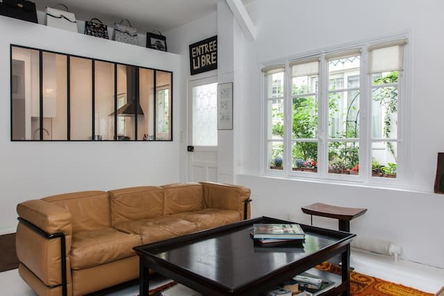 Amazing house for 10 holidaymakers, alquiler vacacional en Clichy