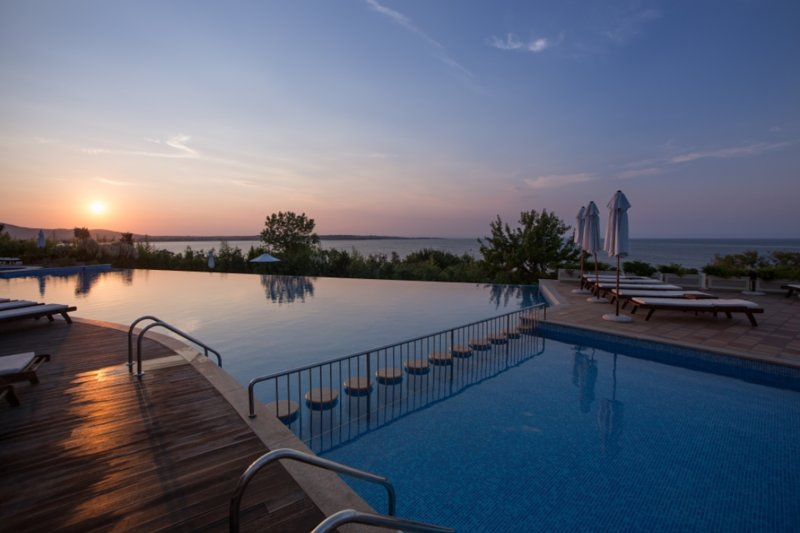 Cozy Spacious Two Bedroom Apartment, holiday rental in Sozopol