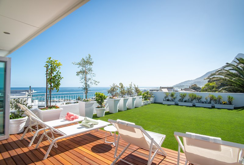 Stunning two bed villa with incredible views and a sparkling pool.