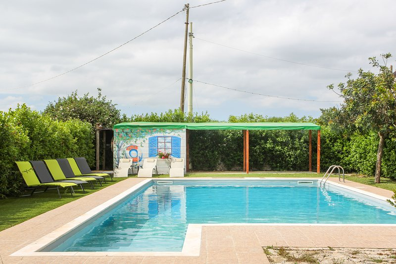 Countryside property w/ private hot tub & shared pool - 1 dog welcome!, holiday rental in Gioia del Colle