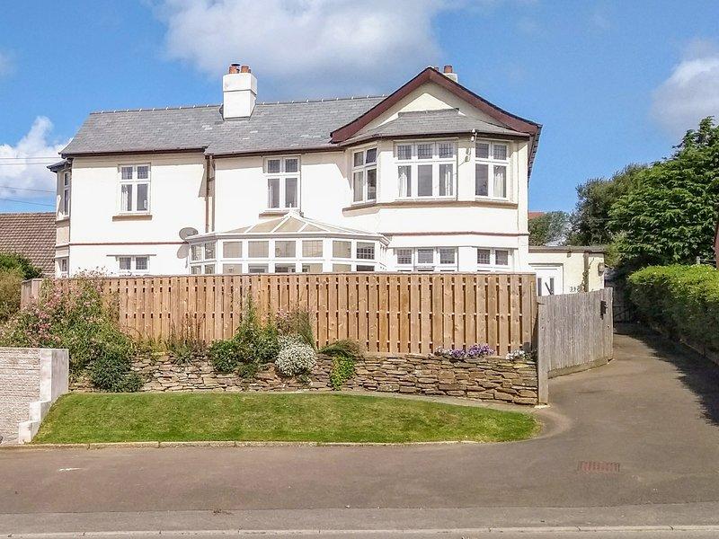 No. 39, countryside views, open-plan, en-suite, Bude, location de vacances à Lynstone