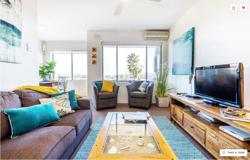 Manly Beach Pad (Just renovated) with fabulous views & garage, vacation rental in Manly