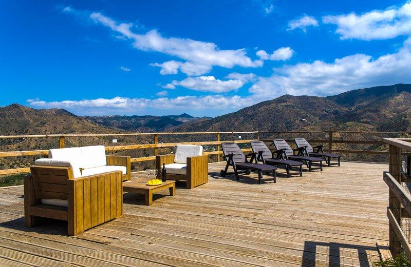 CASA PIEDRA COMPLEJO RURAL EL MIRADOR, holiday rental in Almogia