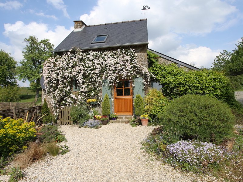 Le Vieux Fournil - Converted Bread Oven, vacation rental in Sainte-Marie-du-Bois