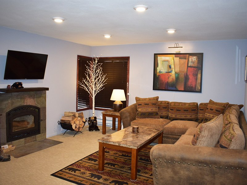 Fireside at the Village - MF106, location de vacances à Crowley Lake