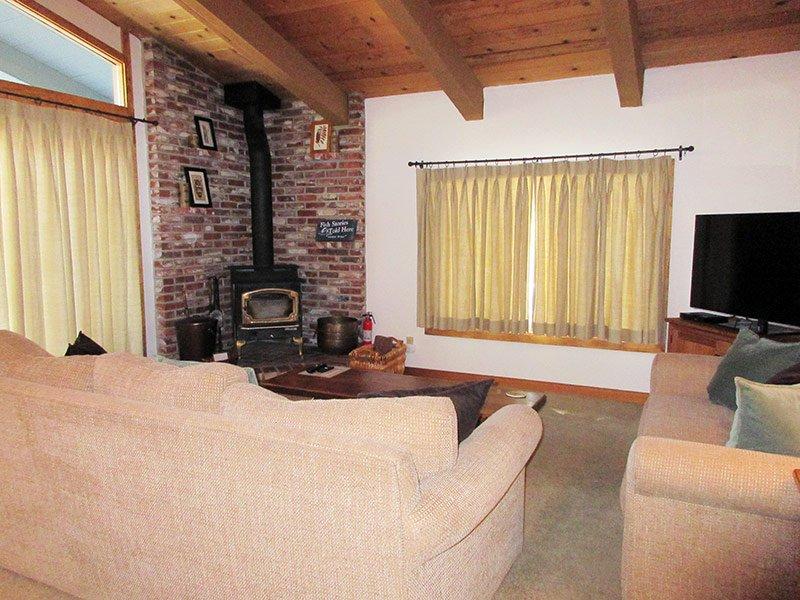 Chateau Sans Nom - CSN32, location de vacances à Crowley Lake