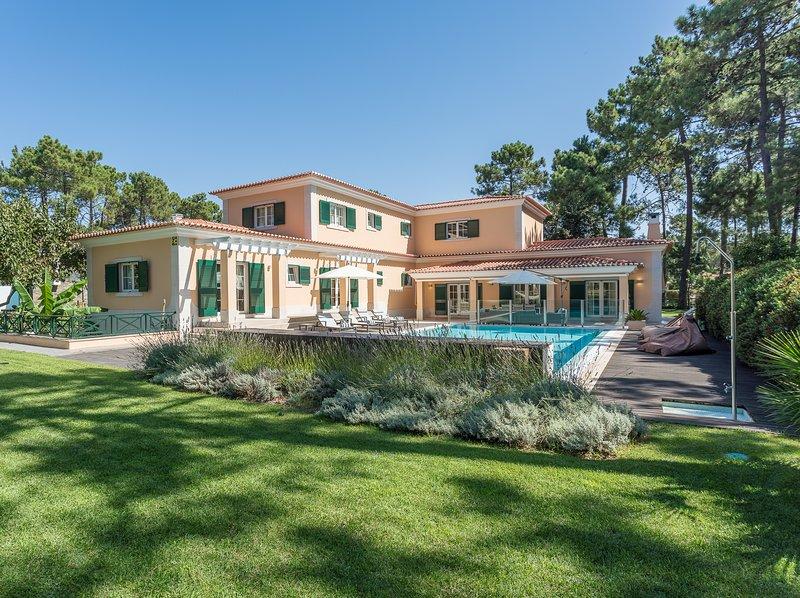 Villa Buganvilia III, holiday rental in Fernao Ferro