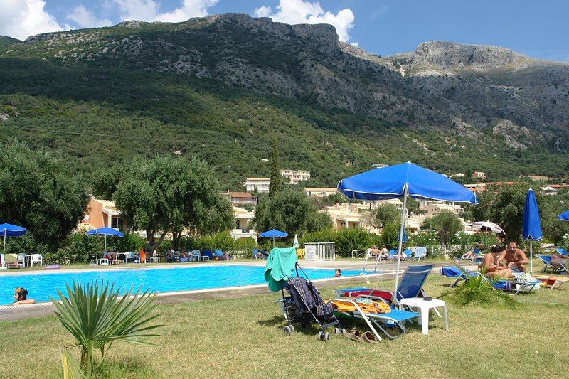 kalypso two bedroom apartment on the beach, vacation rental in Barbati