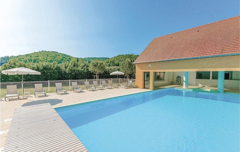 Nice home in Montignac with 1 Bedrooms (FAD186), vacation rental in Saint-Amand-de-Coly