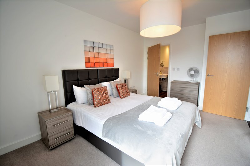 Kennet House - Apt C Serviced Apartments, Reading by Ferndale, casa vacanza a Reading