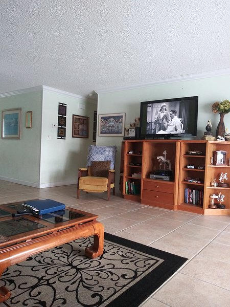 Great room house is roomy 1500 square ft. Front and back porch.