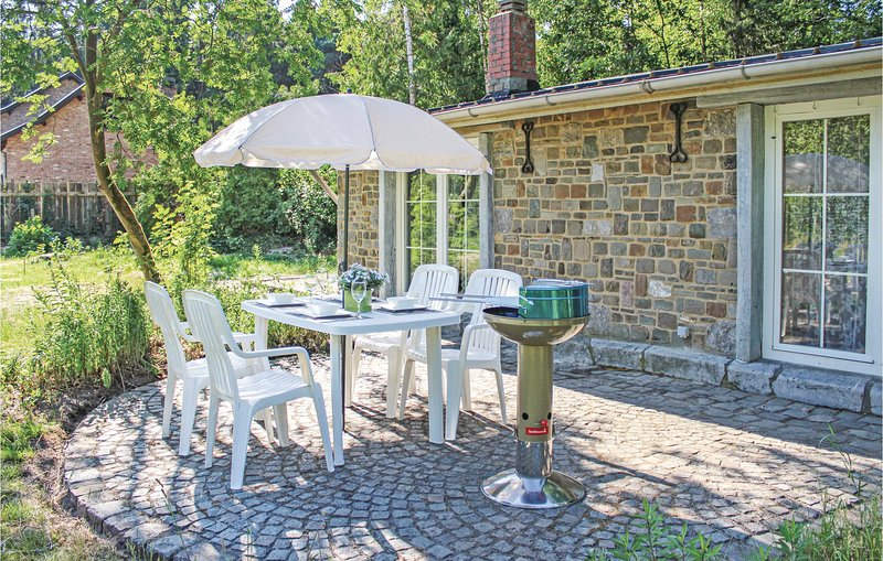 Nice home in Meeuwen-Gruitrode with WiFi and 1 Bedrooms (BLI015), alquiler de vacaciones en Dilsen-Stokkem