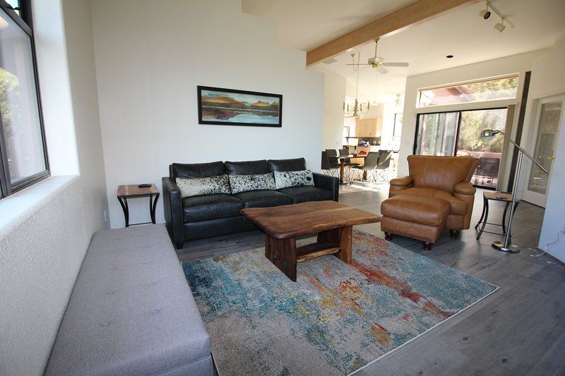 Comfortable living room with views of Cathedral Rock.