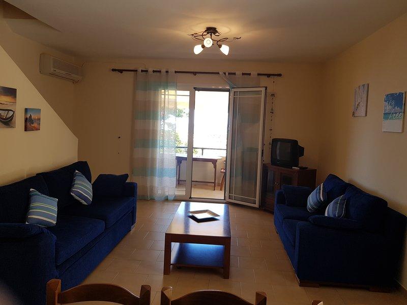 Corfu Glyfada Maisonette 61, casa vacanza a Kokkini