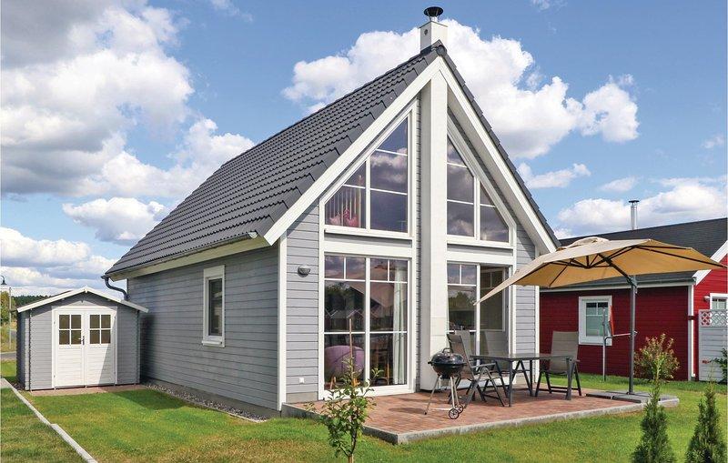 Stunning home in Zerpenschleuse with 2 Bedrooms (DBB412), aluguéis de temporada em Biesenthal