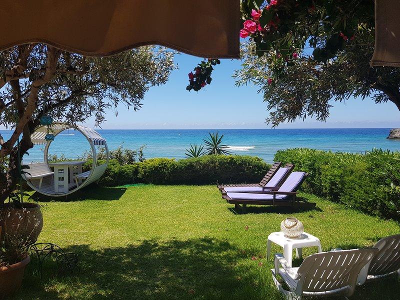 Beachfront House 13 ,Glyfada, holiday rental in Vatos
