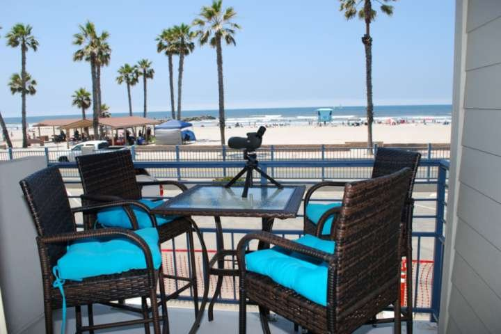 Just listed!!  Fresh, Remodeled, Steps from the Beach. 207A, vacation rental in Oceanside