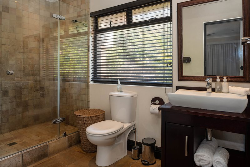 Royal Zulilly - Milkwood Suite, holiday rental in Westbrook Beach