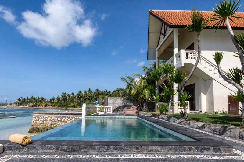 Seaweed Villa Ceningan : 4 BR villa with pool and seaviews, location de vacances à Nusa Penida