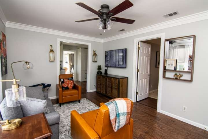 Mins to Everything Fort Worth! Newly Remodeled, Covered Patio, Quiet Neighborhoo, casa vacanza a Burleson