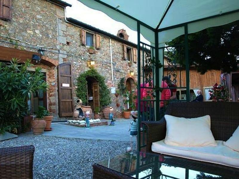 Lavanda Room With Bath And Breakfast Included, alquiler de vacaciones en Sassofortino