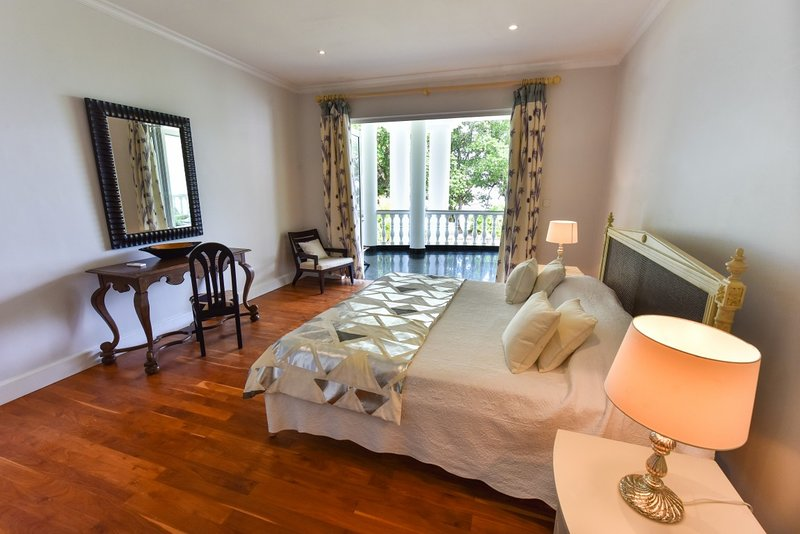 Criollo House: Ocean View Room 3, vacation rental in Beau Vallon