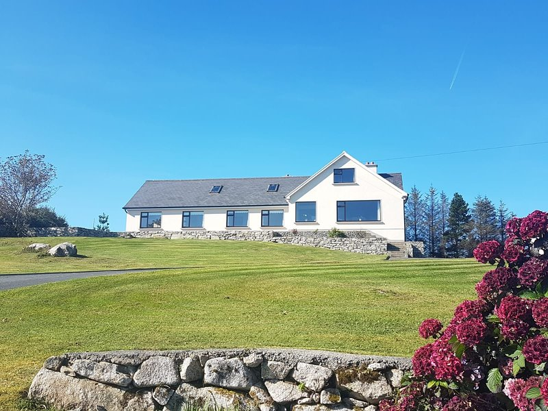 Seamount, Roundstone, holiday rental in Roundstone