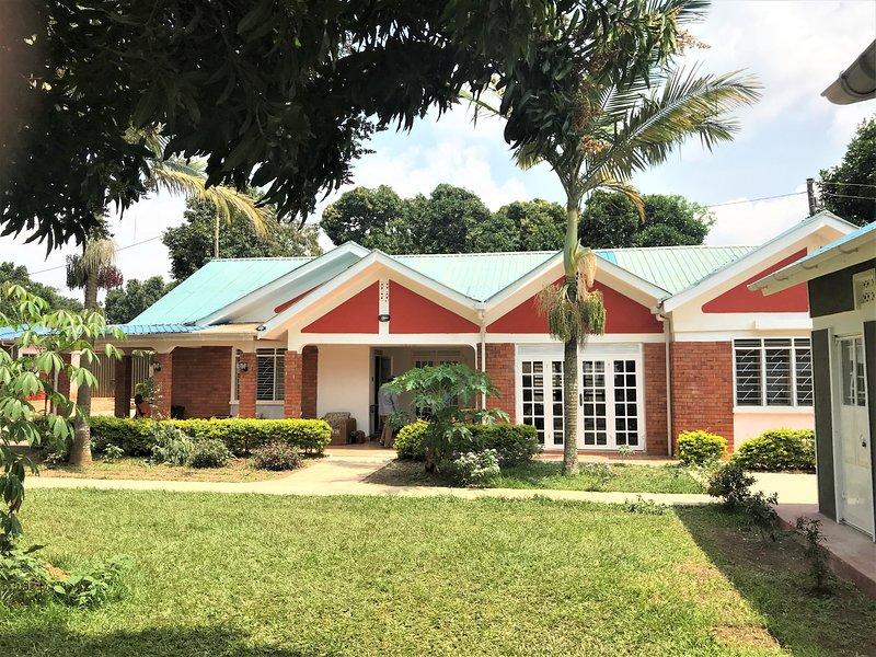 Kasana Sunshine Guesthouse, alquiler vacacional en Munyonyo