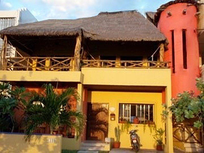 Front of Casa Flamboyan