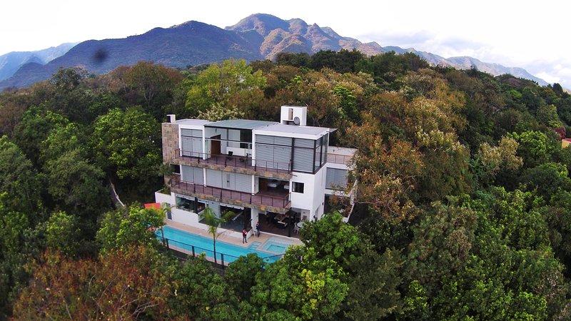 Casa de las Aves. Grandes vistas a las montañas., location de vacances à Malinalco