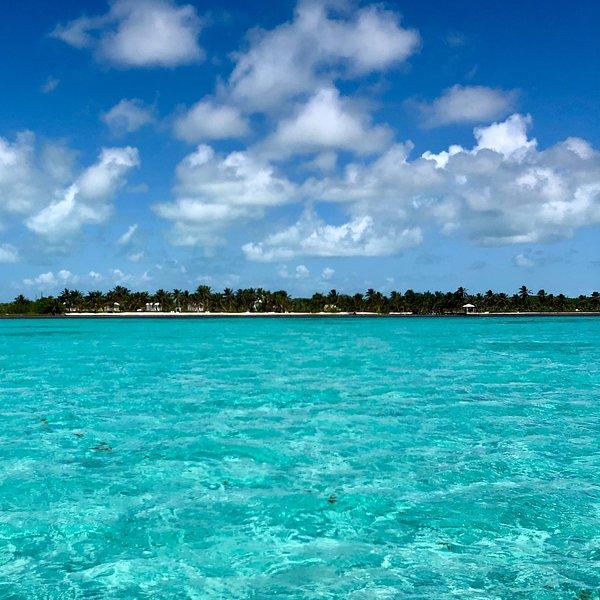 Uitzicht op het strand van het Barrier Reef
