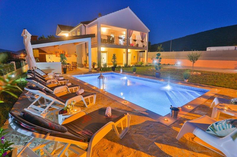 Villa Kalura, vacation rental in Trilj