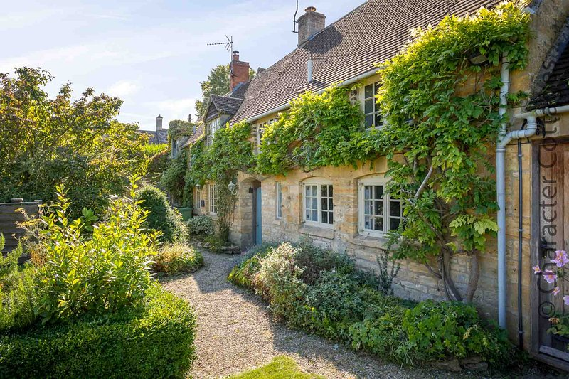 Hope Cottage is a beautifully presented period home, in the heart of the village, alquiler vacacional en Moreton-in-Marsh