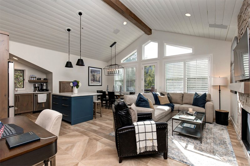 Great Room with Vaulted Ceilings for a Light and Airy Feel