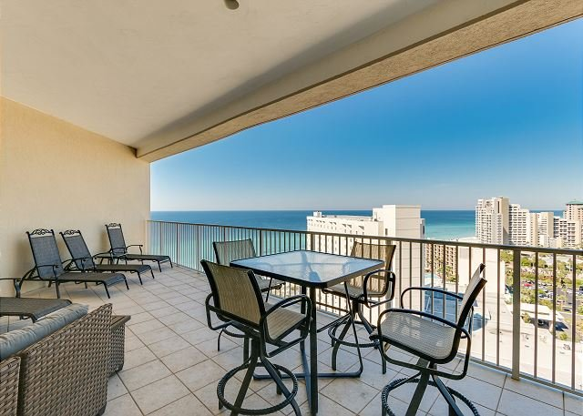 'Island Dancer' ~ Tides 1511 ~ Most Amazing Gulf Views! Gigantic balcony!, aluguéis de temporada em Miramar Beach